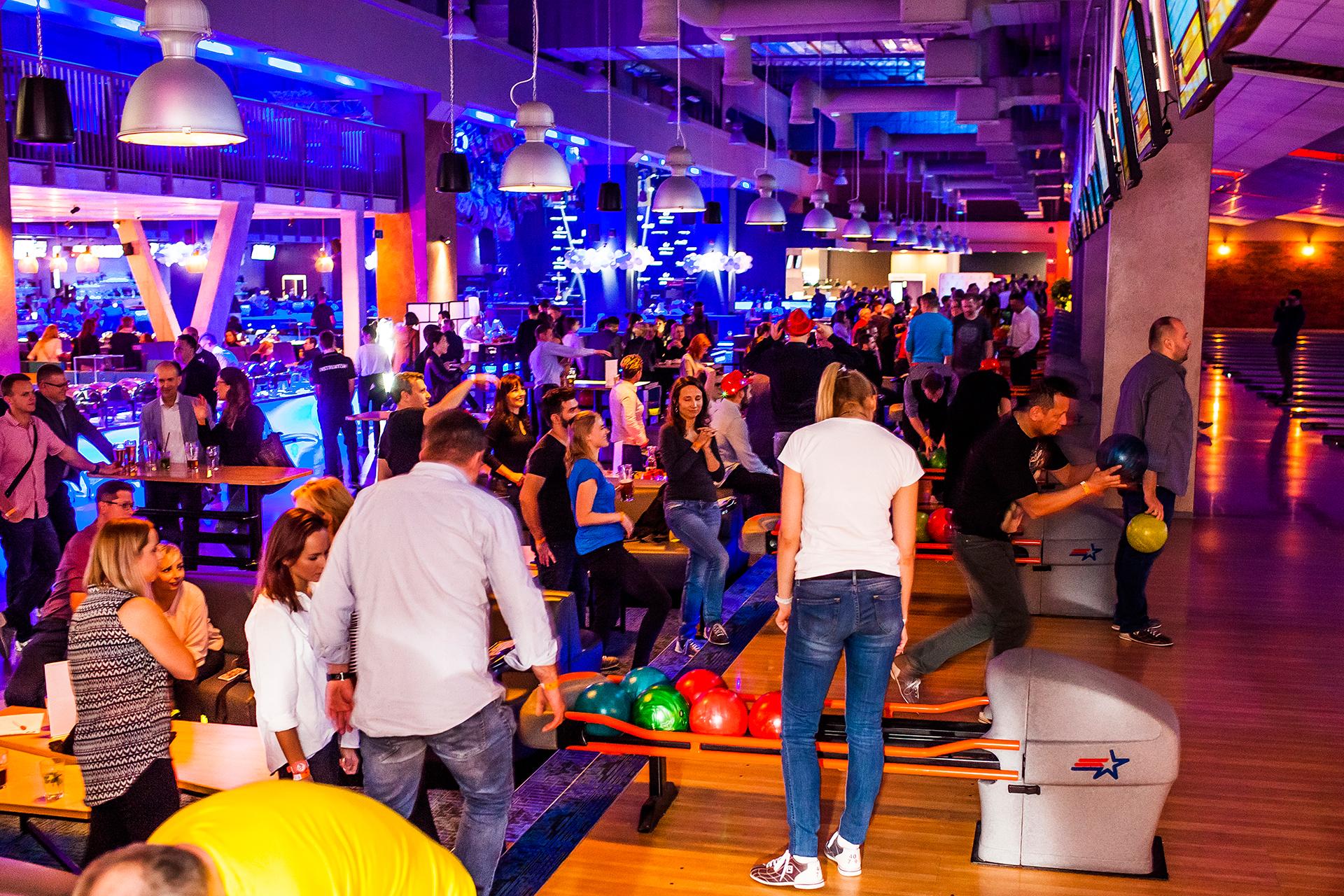 """Zarejestruj swój udział w Branżowym Turnieju Bowlingowym: """"B2Beat branża spotyka się w Hulakula!"""""""