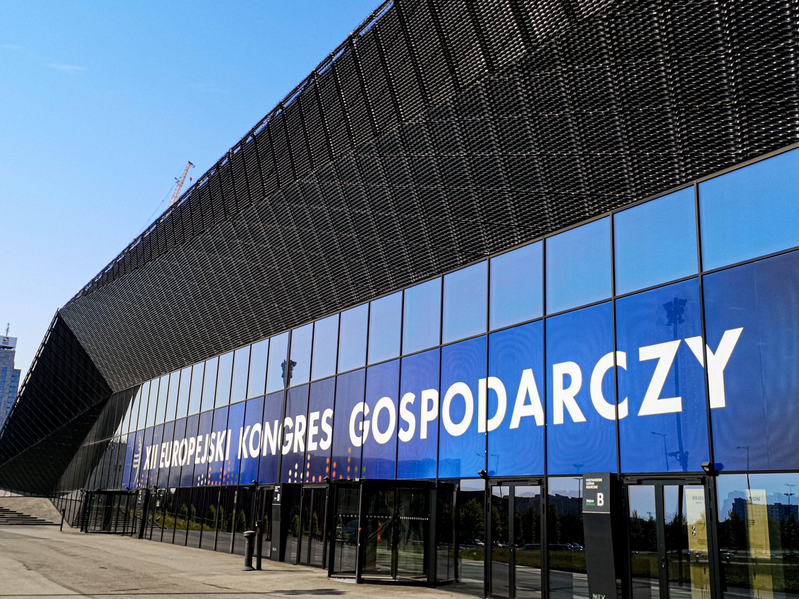 Colors Of Design- wypożyczalnia mebli, czwarty rok z rzędu głównym dostawcą Europejskiego Kongresu Gospodarczego 2020.